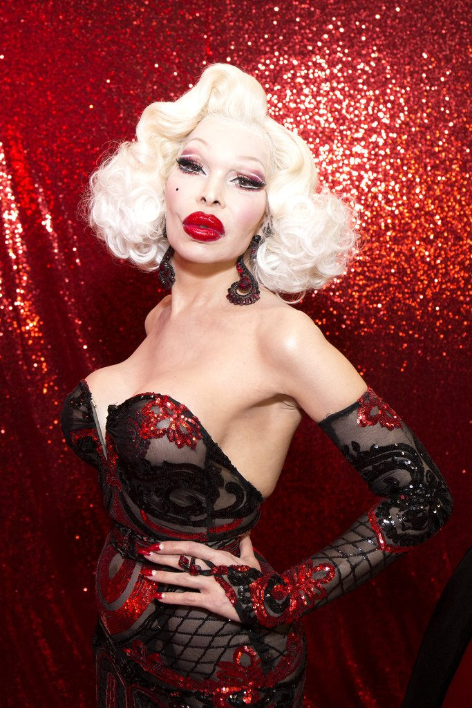 amanda-lepore-emulated-jessica-rabbit-dragcon